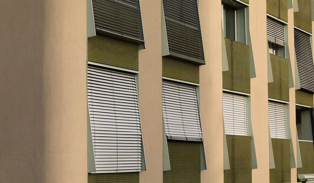 Στόρια παραθύρων κτιρίου