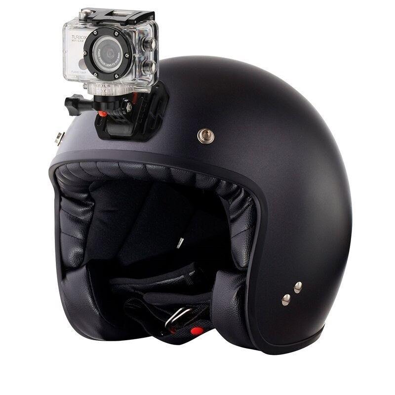 Μαύρο κράνος με ενσωματωμένη κάμερα στο πάνω μέρος