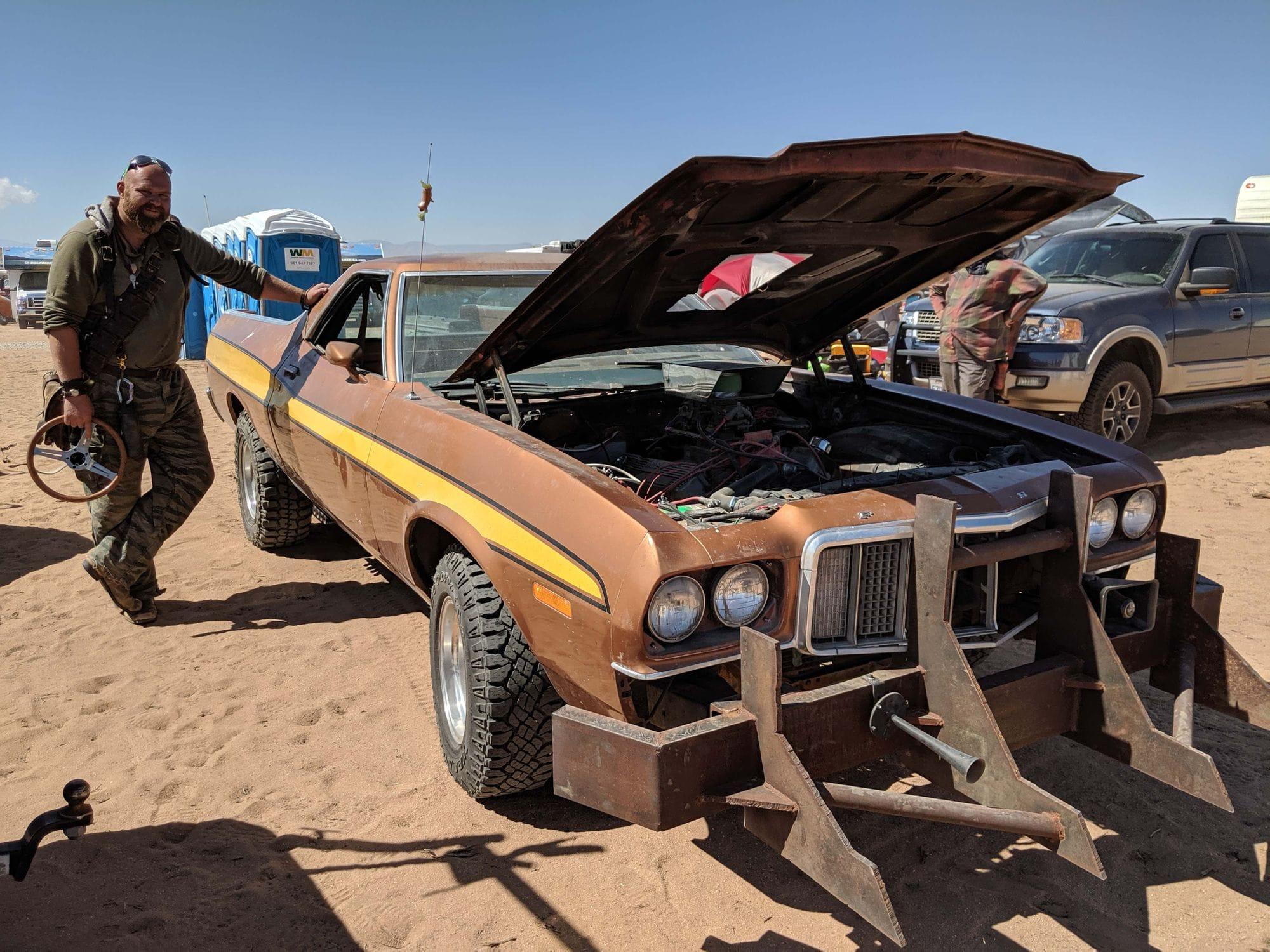 Φωτογραφία του Rocket Launcher στο πιο Mad Max φεστιβάλ