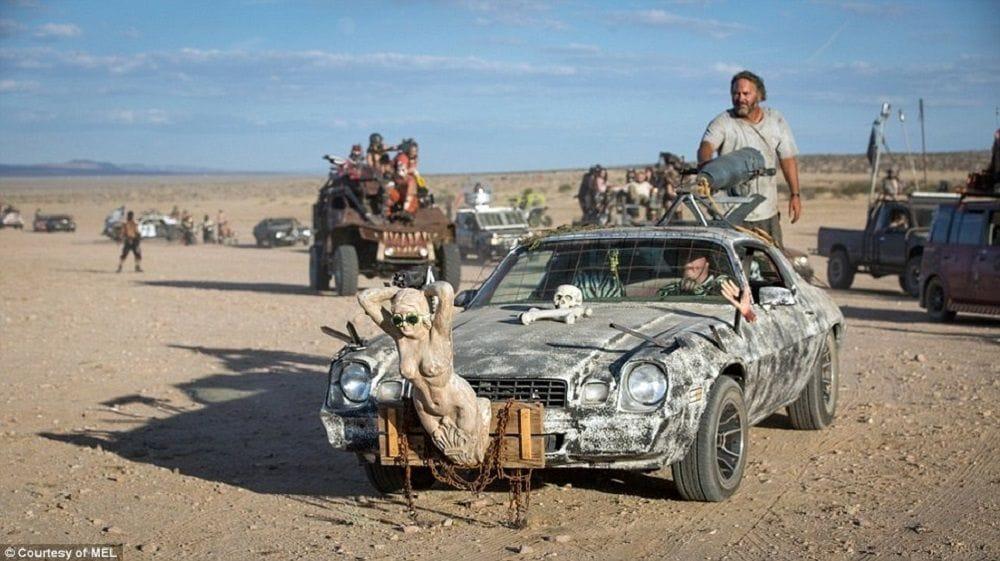 Φωτογραφία με ένα από τα πιο δημοφιλή οχήματα του Wasteland Weekend