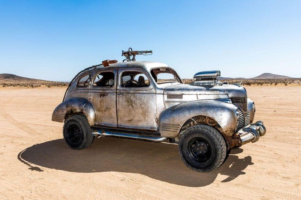Σκονισμένο αυτοκίνητο Beetle φτιαγμένο για το Wasteland Weekend