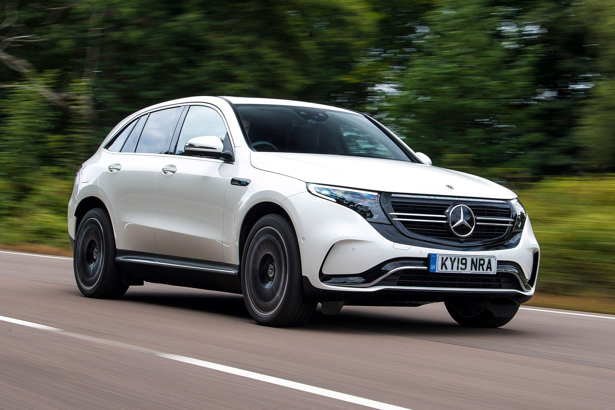 λευκό Mercedes EQC