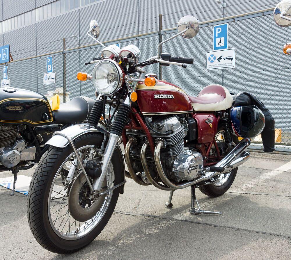 Μια Honda CB750 του 1964