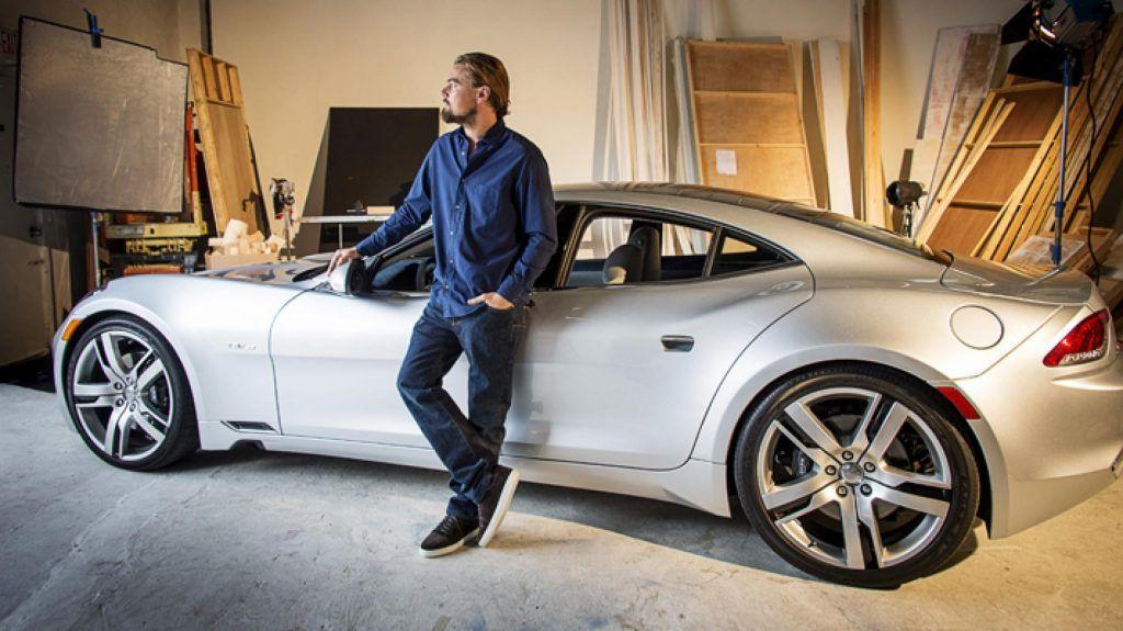 Ο Leonardo DiCaprio μαζί με το ηλεκτρικό αυτοκίνητό του