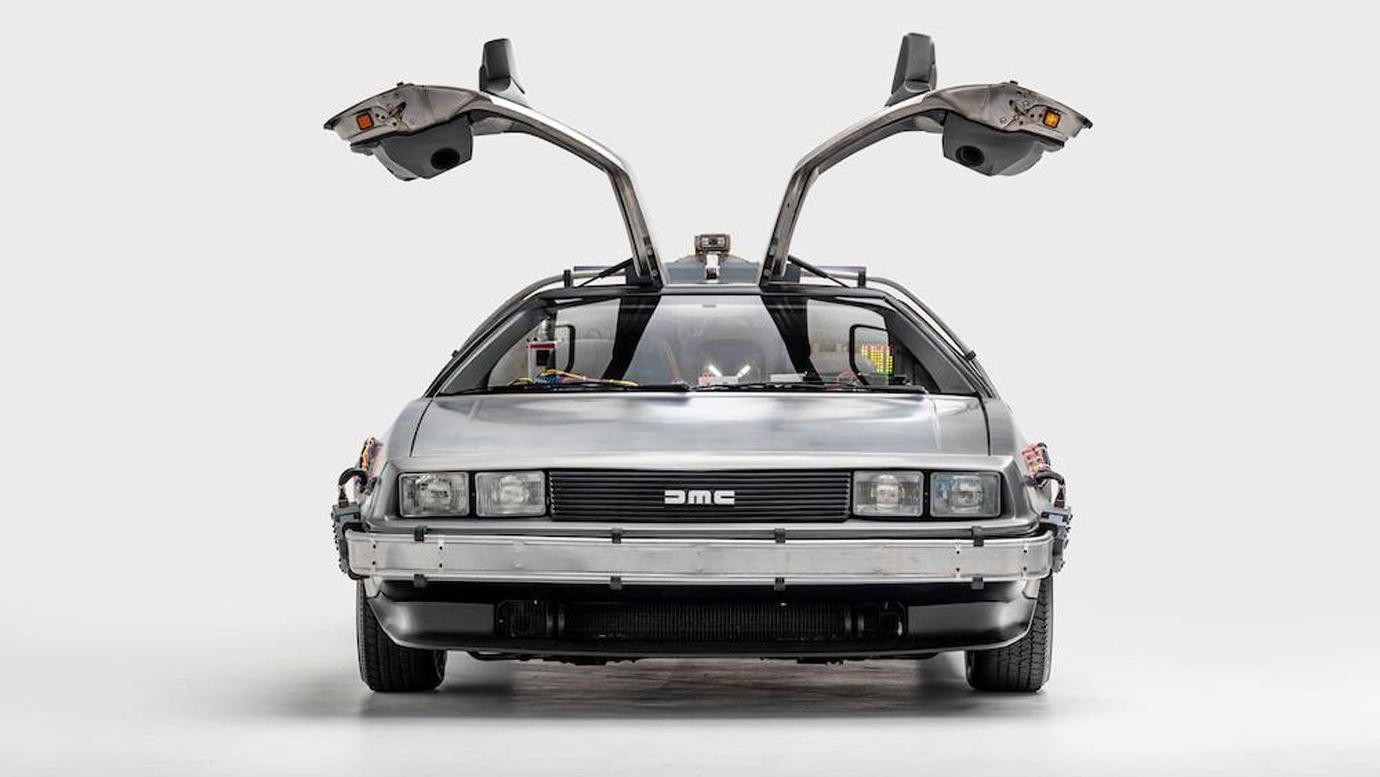 """Το θρυλικό αυτοκίνητο που ταξίδευε στον χρόνο στο """"Back to the future"""""""