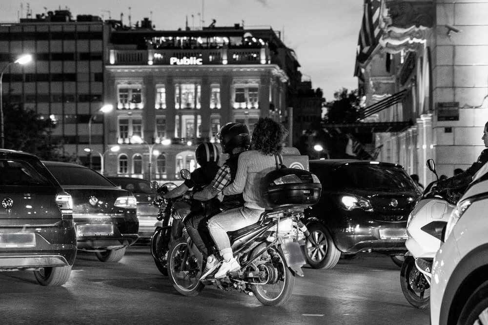 κίνηση σε δρόμο στην Αθήνα, Ομόνοια