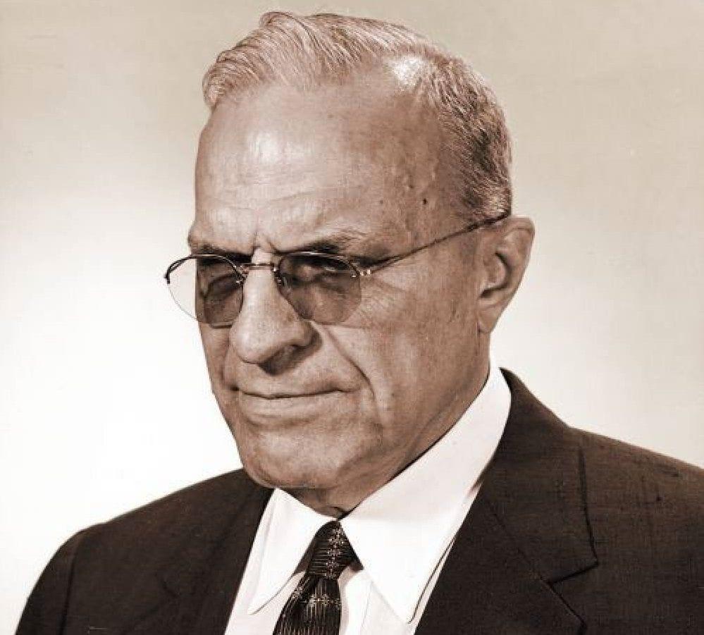 πρόσωπο του Ralph R. Teetor